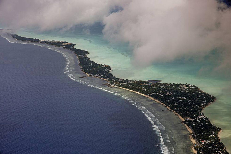 <b>Kiribati.</b>Vista aérea do arquipélago do Pacífico em risco de desaparecimento pela ascensão do nível do mar.