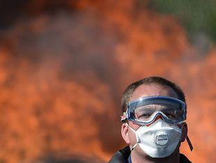 Protestos em uma refinaria francesa.