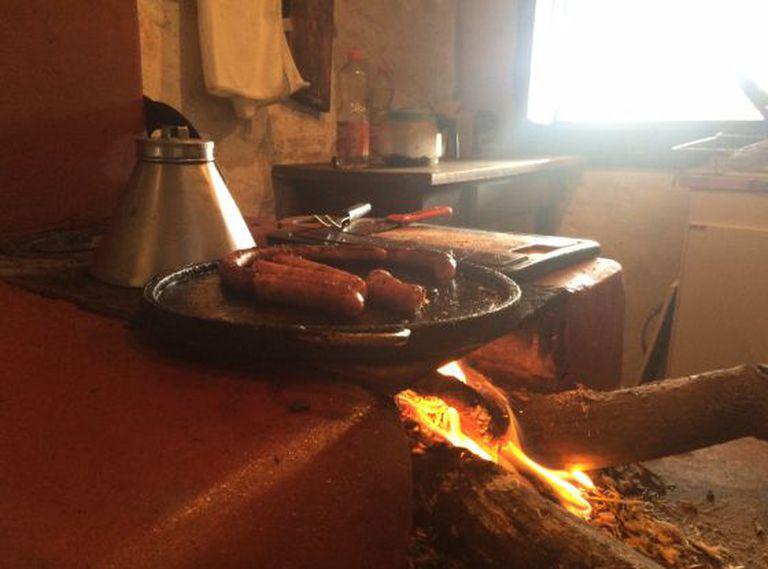 O forno à lenha, um dos trunfos da comida mineira.