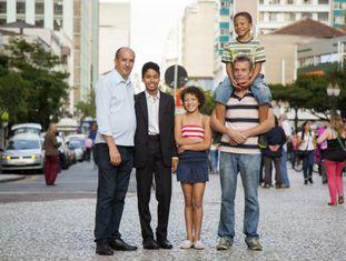 Toni e David com os filhos Alysson, Jéssica e Felipe.