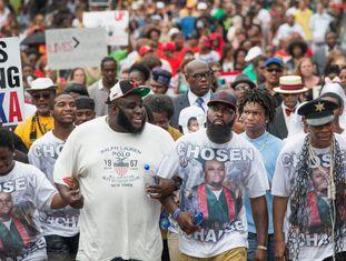 Michael Brown Sr., o pai do jovem assassinado em Ferguson