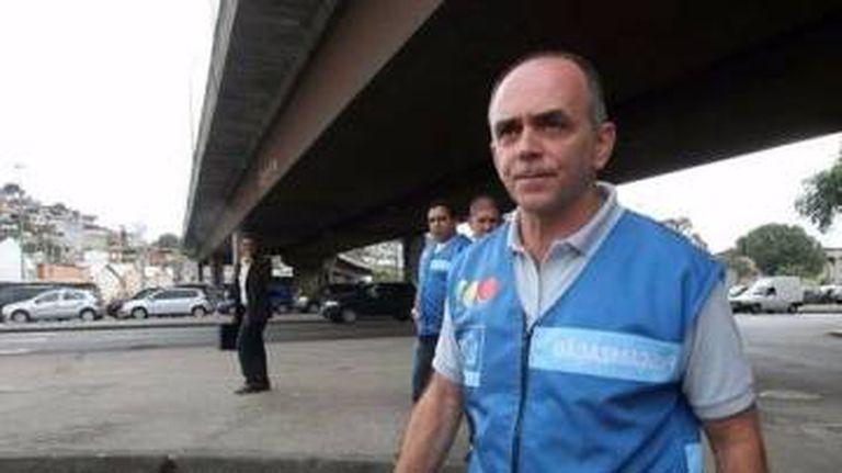 Claudio Ferraz quando trabalhava no setor de fiscalização do transporte complementar da Prefeitura do RJ