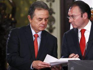 Os secretários da Fazenda e da Energia, Luis Videgaray e Pedro Joaquín Coldwell.