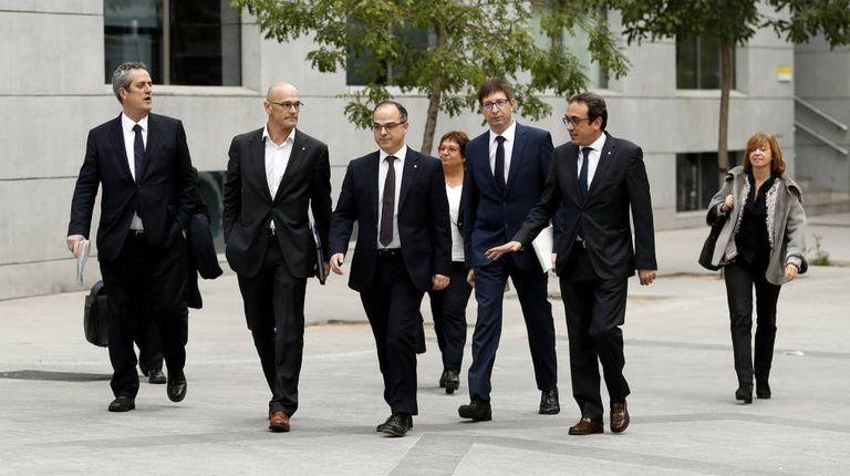 Vários dos secretários do Govern de Puigdemont