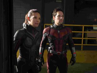 Evangeline Lilly e Paul Rudd, no filme.