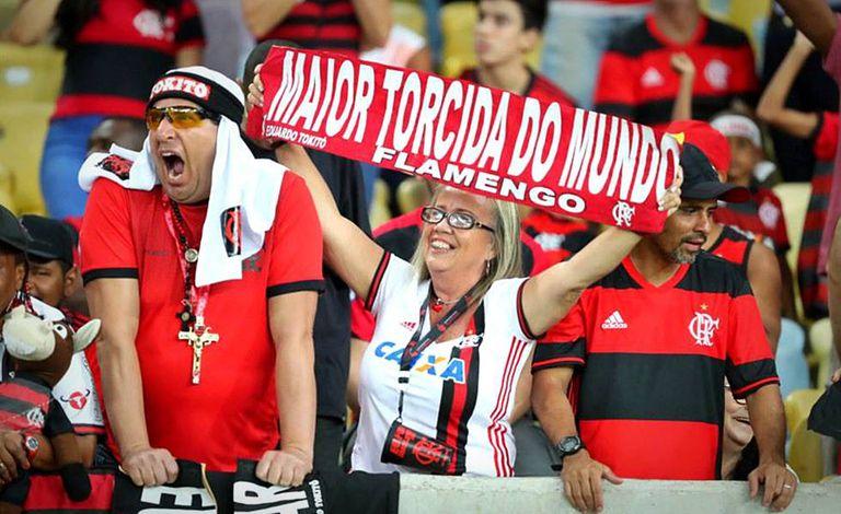 Torcedores do Flamengo nas arquibancadas do Maracanã.