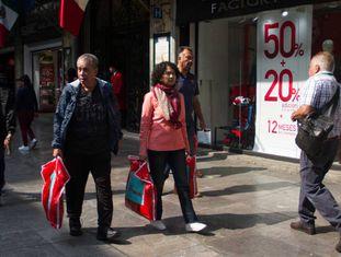 Rua comercial na Cidade do México, na última sexta-feira.