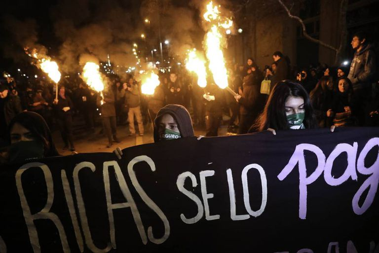 Manifestação pró-aborto no Chile nesta quarta-feira.