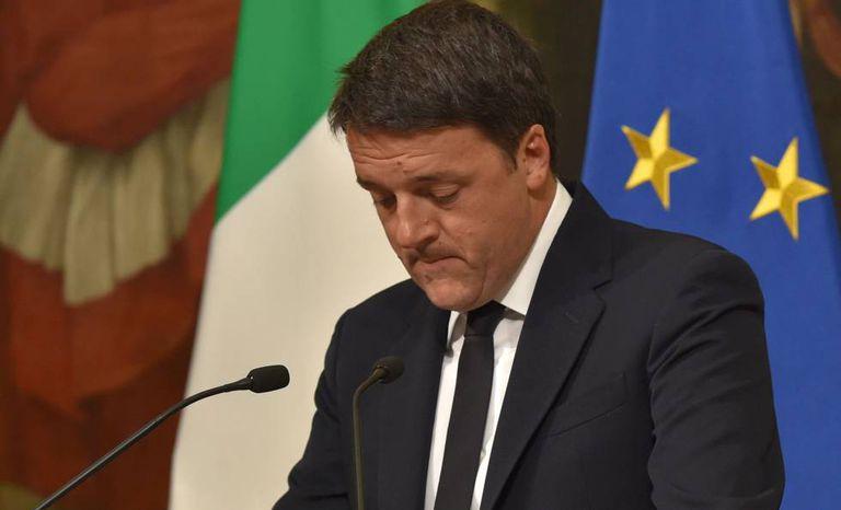 Mateo Renzi, depois de anunciar esta noite sua demissão.
