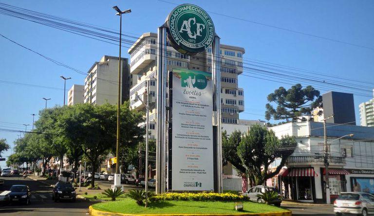Portal da Chapecoense, no centro da cidade.