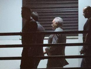 O ex-presidente Michel Temer chega à sede da Polícia Federal no Rio de Janeiro.