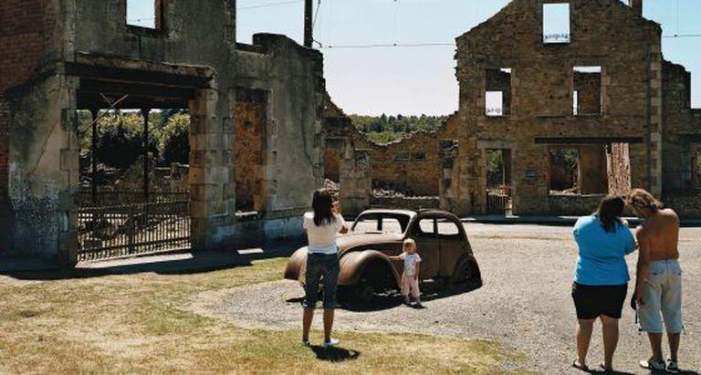 Oradour-sur-Glane (França). Sua população foi exterminada pela Alemanha em 1944.