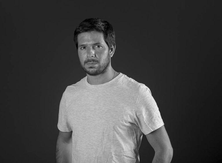 Renato Cisneros, o escritor peruano que relata no livro 'A distância que nos separa' a história de seu pai