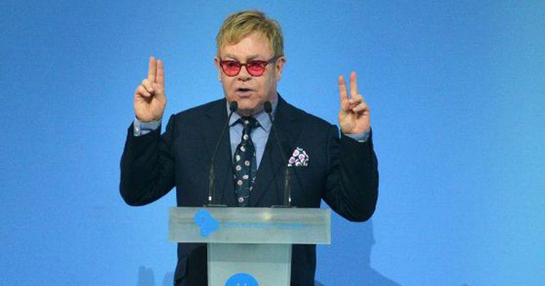 Sir Elton John nesta semana em Kiev.
