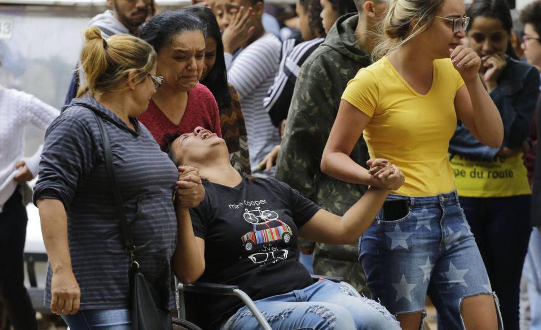 Enterro de vítima de 16 anos, em São Paulo.