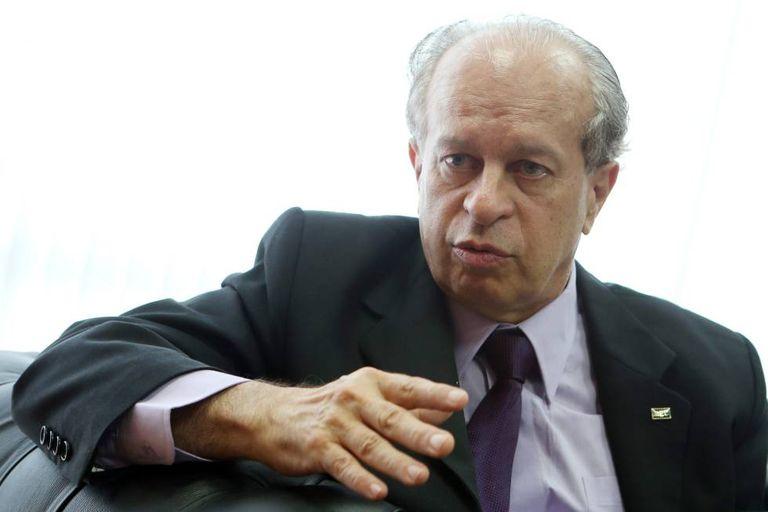 Renato Janine Ribeiro, após tomar posse no ministério, em abril deste ano.