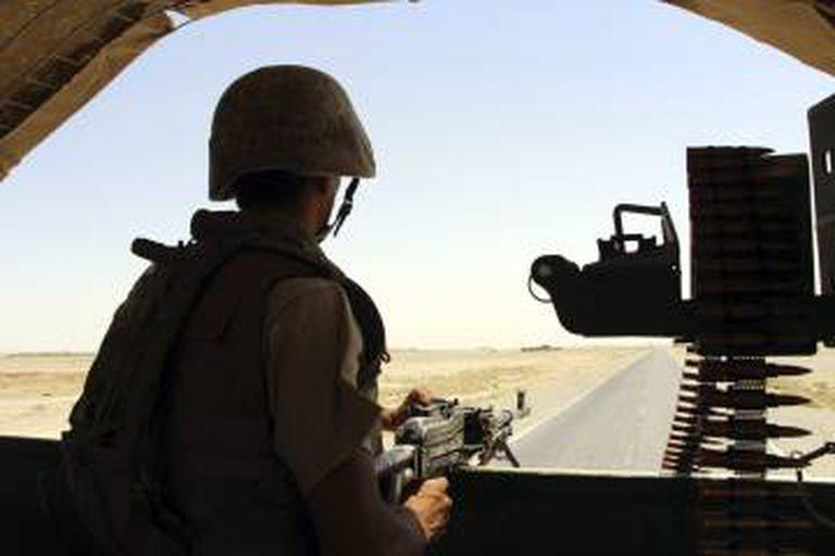 Forças Armadas afegãs durante operação contra os talibãs.