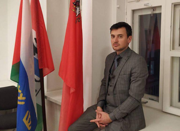 Alexander Solovyov, membro do Conselho Federal do movimento Rússia Aberta, na sede da entidade em Moscou.