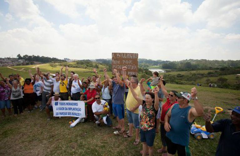 Moradores da região criam resistência à construção no parque.