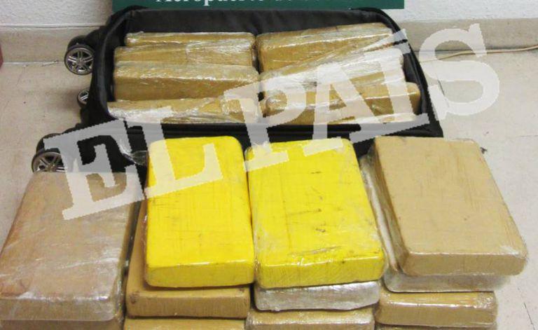 Os 39 quilos de cocaína encontrados na mala do sargento Manoel Silva Rodrigues, de 38 anos, em Sevilha.