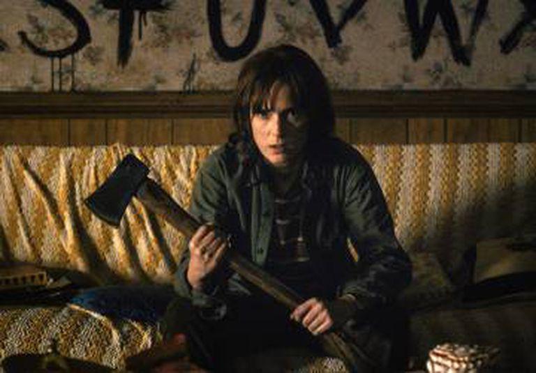Wynona disposta a tudo pelo filho na série 'Stranger Things'