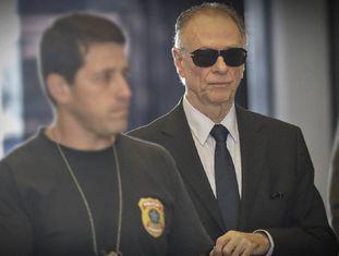 Nuzman chega à sede da Polícia Federal, no Rio.