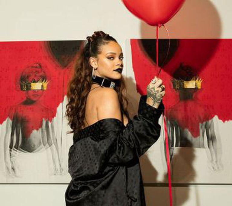 Rihanna revela a portada de seu novo disco, 'Anti'.
