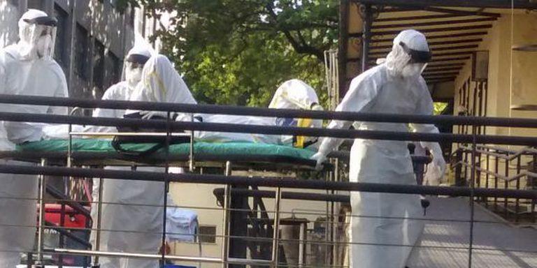 Paciente com suspeita de ebola chega ao Rio.