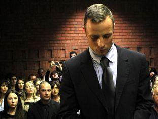 Oscar Pistorius durante o julgamento pela morte de sua noiva.