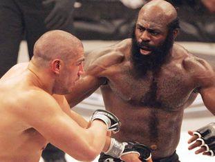Kimbo Slice, à direita, durante uma luta.