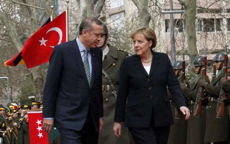 A chanceler alemã e o primeiro-ministro turco, Recep Tayyip Erdogan.