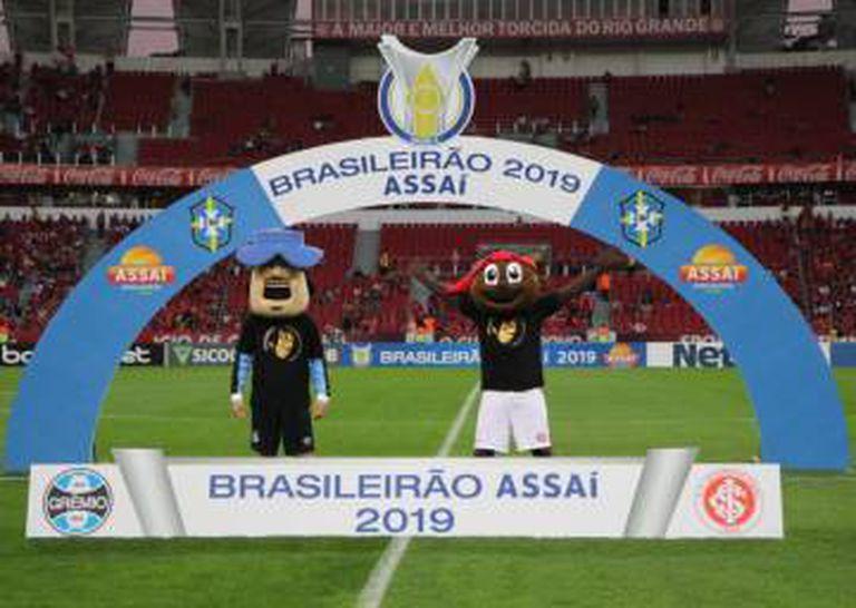 Grêmio e Inter realizaram ação contra o racismo no último clássico.