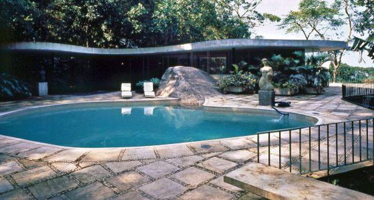 Hadid teve a oportunidade de visitar Niemeyer em sua casa no Rio.