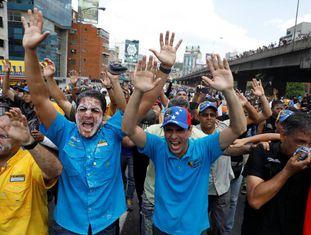 Capriles na quinta-feira em uma manifestação de protesto em Caracas.