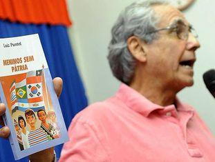 "Luiz Puntel, autor do livro ""Meninos Sem Pátria""."
