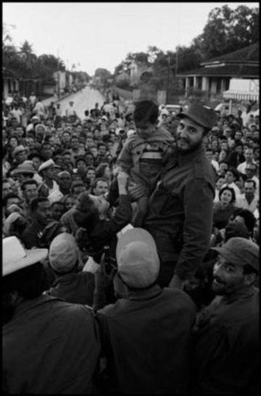 Castro, entrando em Havana em 1959
