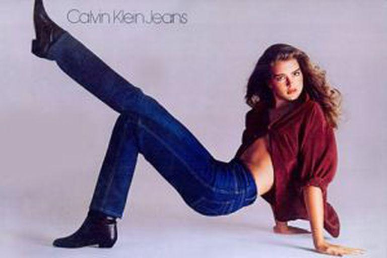 Uma Brooke Shields adolescente na campanha da Calvin Klein.