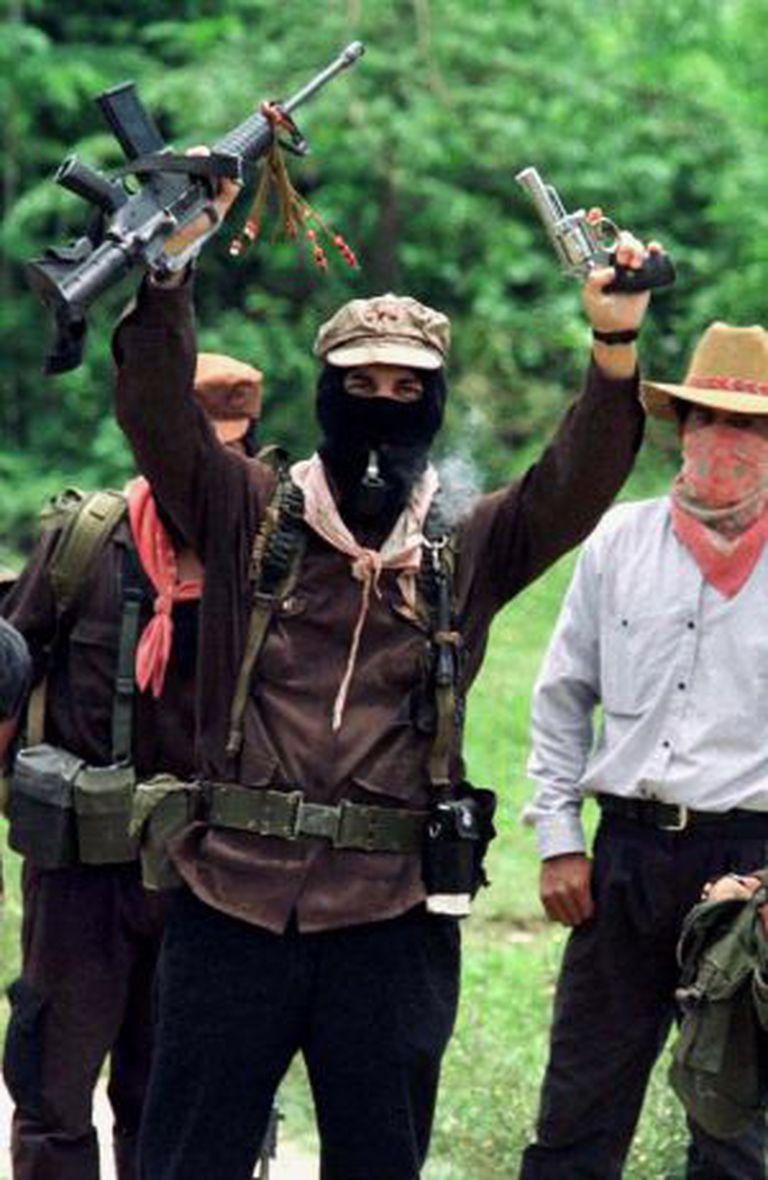 Marcos, antes de entregar as armas para participar dos diálogos de paz em 1996.