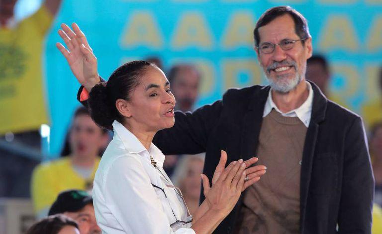 Marina Silva com seu vice, Eduardo Jorge, durante convenção da Rede que oficializou a chapa presidencial em Brasília.