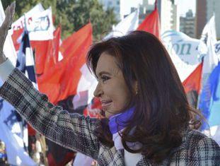 A presidenta argentina durante a celebração do Dia da Bandeira em Rosário.