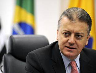 Bendine em conferência de imprensa do BB em 2011, em São Paulo.