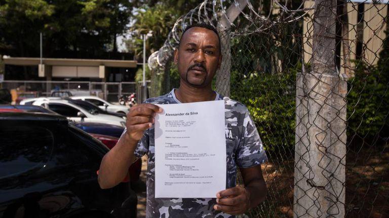 O operador de máquinas Alexander da Silva, de 43 anos, está há dez meses desempregado