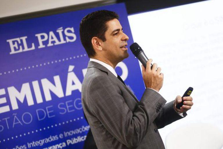O diretor da Senasp Rogério Carneiro.