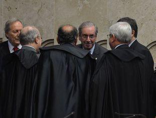 Cunha, ao centro, no abertura do ano no Judiciário.