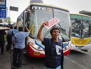 Um ônibus em Lima.