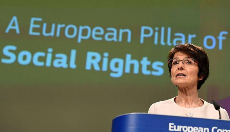 Marianne Thyssen, comissária europeia de Emprego, apresenta as novas medidas sociais.