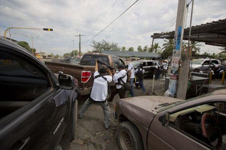 Confrontos em Nueva Italia (Michoacán).