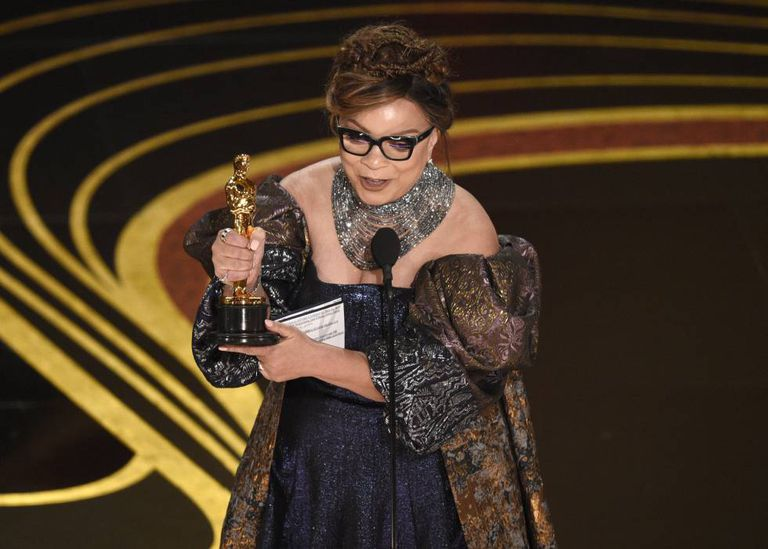 Ruth E. Carter, vencedora do Oscar de melhor figurino por 'Pantera Negra'.
