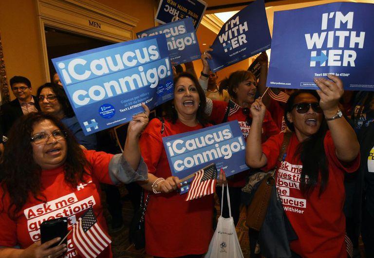 Trabalhadoras latinas apoiam Clinton em Las Vegas.