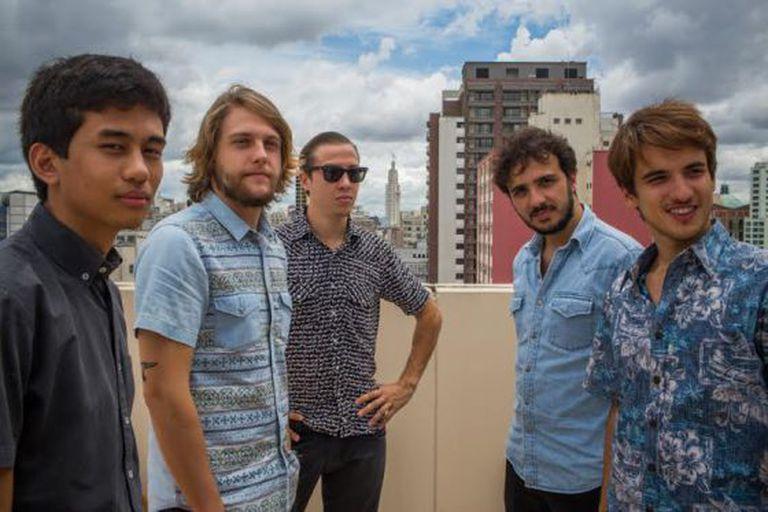 De esquerda à direita: Kim Kataguiri (18), Frederico Rauh (23), Alexandre Santos (26), Gabriel Calamari (20) e Renan Santos (30). Os líderes do Movimento Brasil Livre em São Paulo. / Victor Moriyama